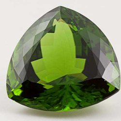 Here Are a Bunch of Fun Facts About the August Birthstone, Peridot